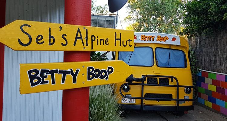 Betty Boop Bus – Queen Room